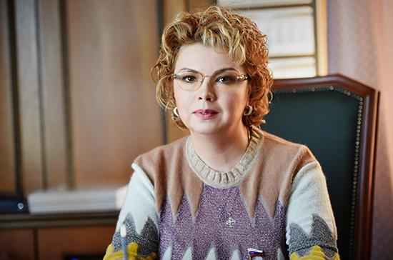 Ямпольская предложила изменить систему финансирования музеев и библиотек