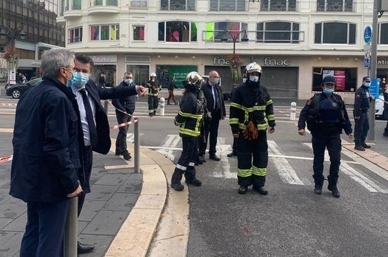 В результате нападения на собор в Ницце погибли три человека