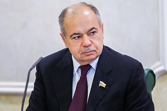 Умаханов: для Совфеда важно повышение эффективности государственной региональной политики