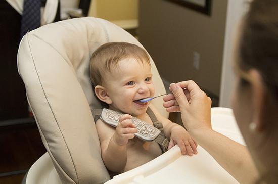 Детям с фенилкетонурией оформят инвалидность до совершеннолетия