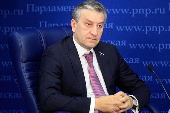 Фаррахов предложил организовать доставку плазмы в больницы без привлечения медтранспорта