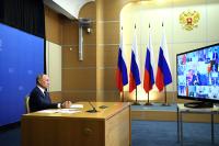 Путин анонсировал скорую регистрацию третьей вакцины от COVID-19