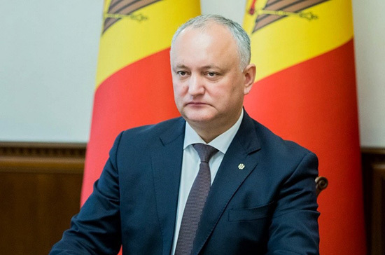 Додон оспорит в суде победу Санду на выборах президента Молдавии