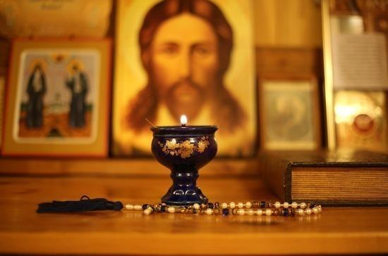 Производителей икон и свечей выведут из-под «антиотмывочного» закона