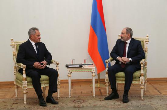 Шойгу: Россия намерена не допустить кровопролития в Карабахе