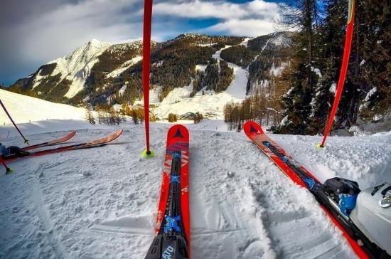 Австрия отказалась закрывать горнолыжные курорты из-за коронавируса