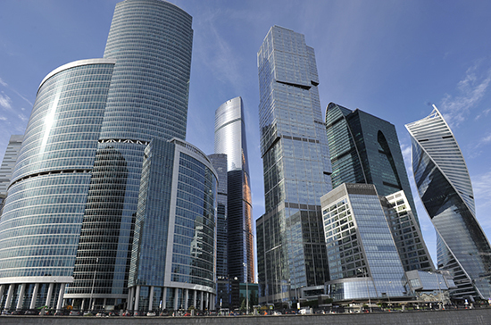 Минстрой не будет останавливать строительство начатых апартаментов