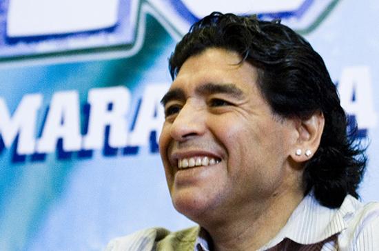 Марадона завещал забальзамировать свое тело и выставить напоказ