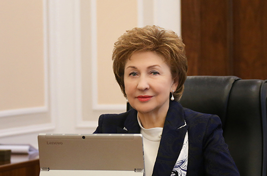 Карелова оценила закон о выдаче средств реабилитации инвалидам по месту жительства
