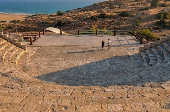 Кипр откроет границы для россиян