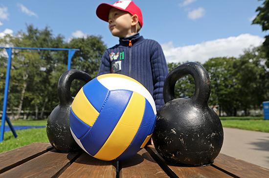 В 64% школ есть проблемы со спортивной инфраструктурой, рассказали в Совфеде