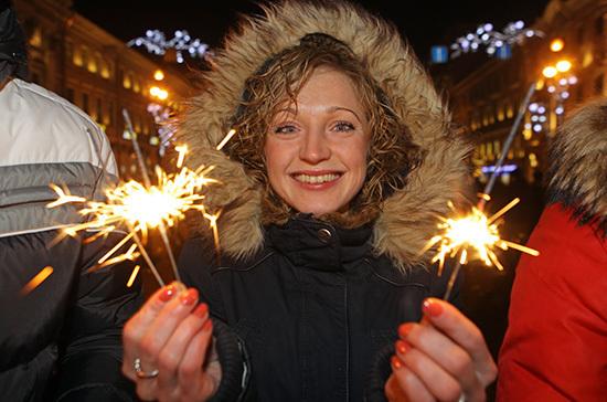 Врачи советуют не проводить новогодние корпоративы