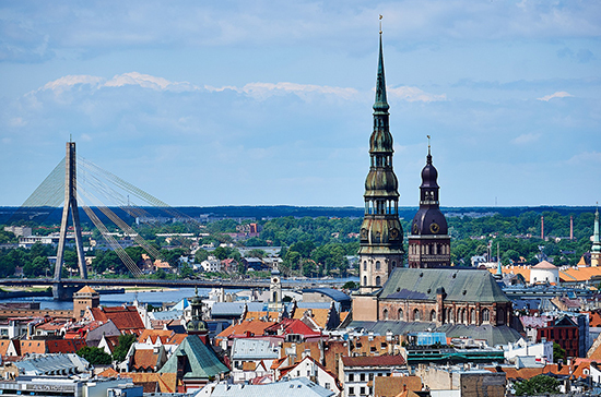 Латвийские банки отказывают Русскому союзу в финансовом обслуживании