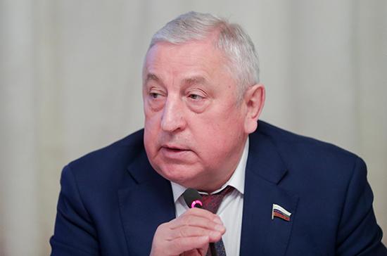 Харитонов предложил сделать приоритетной программу «Дети Арктики»