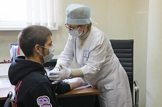 Трудовых мигрантов будут вносить в медицинский реестр