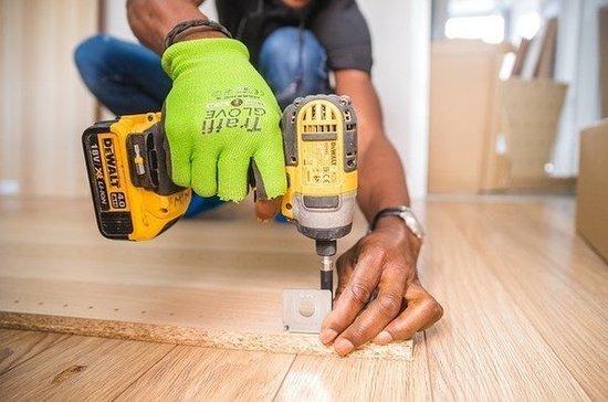 Минпромторг отслеживает ситуацию с дефицитом сырья у мебельных фабрик
