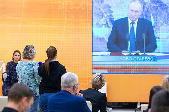 Путин заявил, что Россия может направить еще миротворцев в Карабах