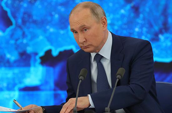 Путин объяснил Шнурову, как разговаривать без мата