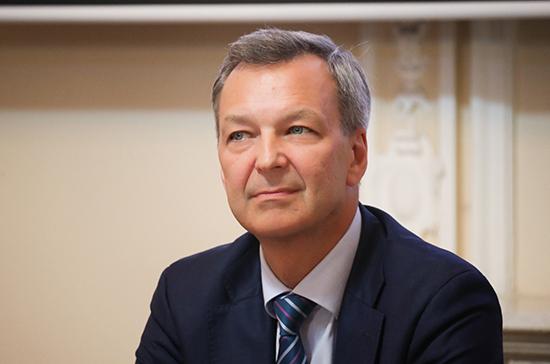 Яцкин призвал скорее навести порядок с утилизацией медицинских масок