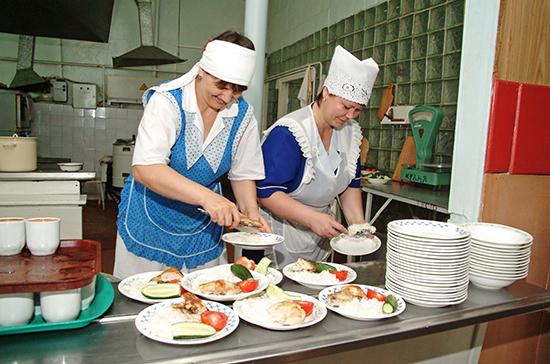 В Минпросвещения рассказали об организации горячего питания в малокомплектных школах