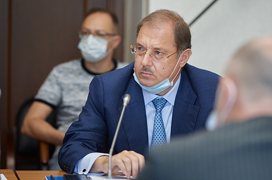 Борис Пайкин назвал знаковым законопроект о молодежной политике