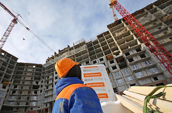 Стоимость строительства в России вырастет на 5-7% из-за нехватки мигрантов, заявили в кабмине