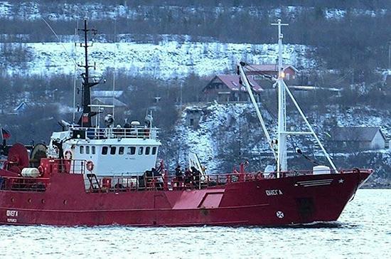 В Мурманской области объявлен траур по рыбакам с затонувшего траулера