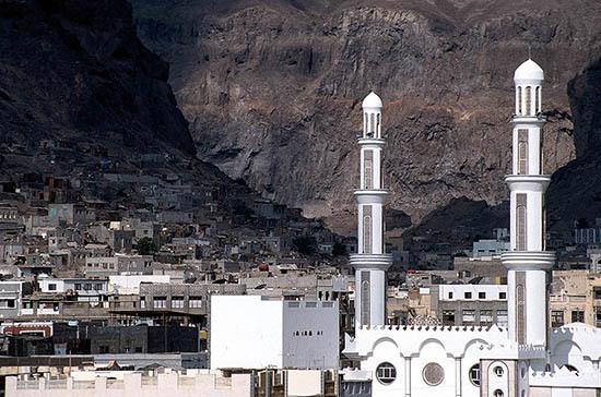 В аэропорту йеменского города Аден произошёл взрыв