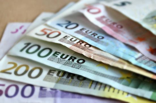 Курс евро превысил 92 рубля на Мосбирже