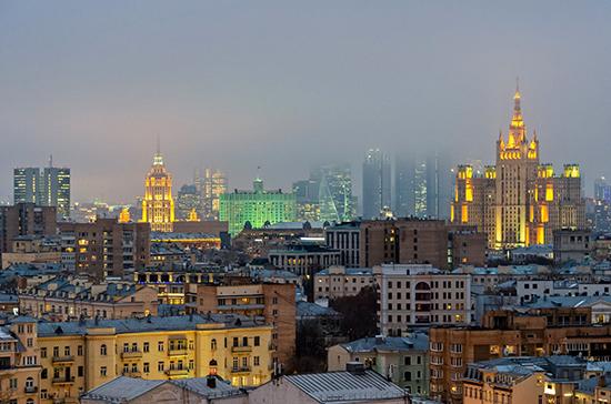 Москвичам рассказали о работе горячих линий в новогодние праздники
