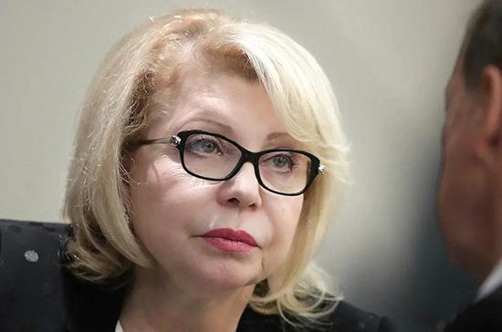 Панина назвала опасными высказывания в Эстонии о границе с Россией