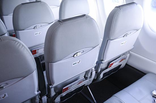 На борту упавшего в Индонезии Boeing находились 65 человек