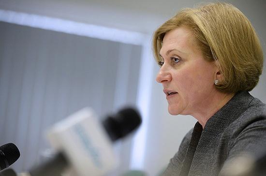 Попова заявила о снижении заболеваемости коронавирусом в регионах России