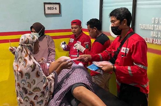 В Индонезии 34 человека погибли из-за землетрясений