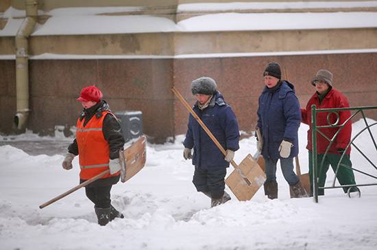 В Роструде рассказали о правилах работы в мороз