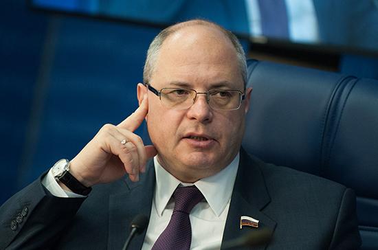 Гаврилов: священнослужителей с иностранным образованием будут доучивать в России