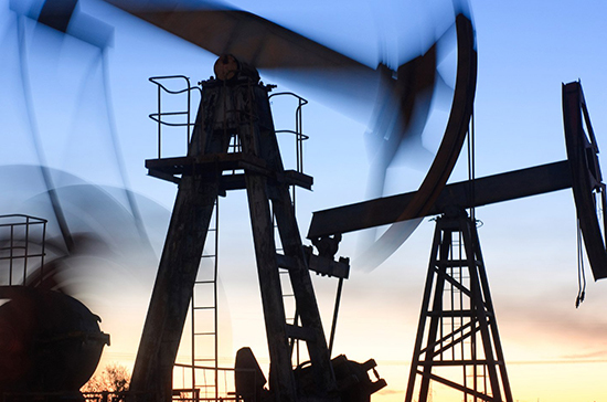Доходы от экспорта нефти из России упали на 40,9%