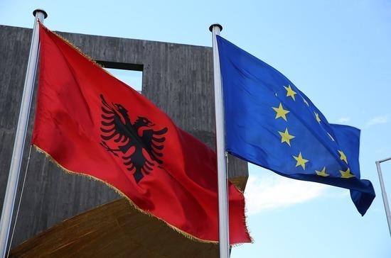 Посольство РФ в Албании назвало надуманными обвинения в адрес выдворенного дипломата