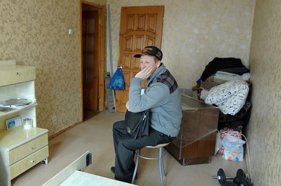 Изымать спецсчёт у собственников жилья предлагают только через суд