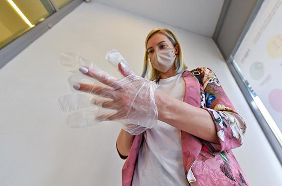 В московских офисах остаются обязательными маски и перчатки