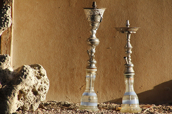 В ресторанах Подмосковья разрешат курение кальянов с 1 сентября