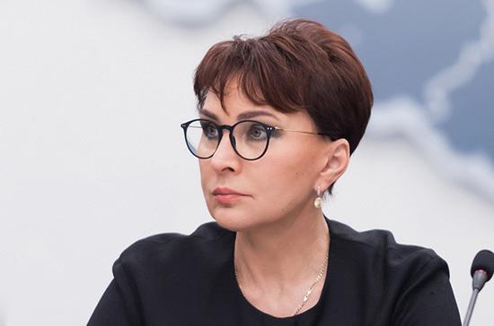 Сенатор назвала смерть Василия Ланового горем для всей страны
