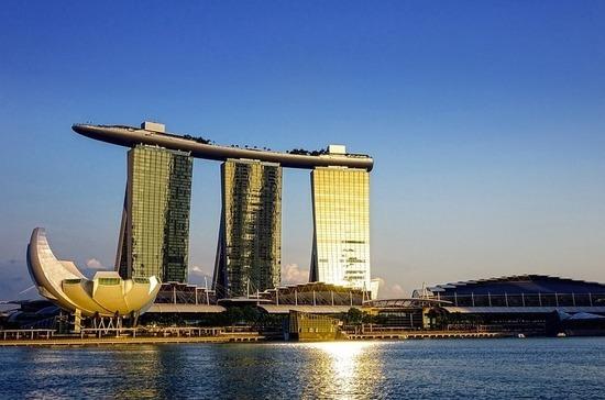 Российские дипломаты разъяснили тонкости въезда в Сингапур
