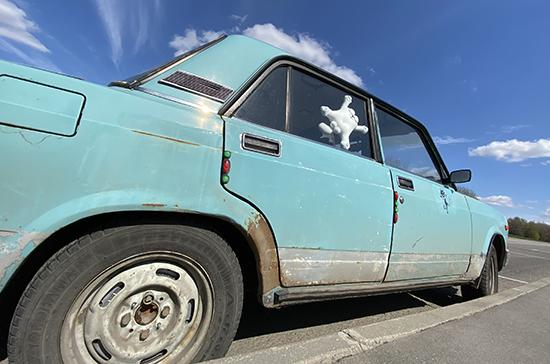 Стало известно, когда в России подорожают автомобили