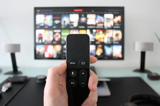 Латвия прекратила ретрансляцию нескольких российских телеканалов