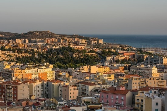 Жителям итальянского города запретили болеть COVID-19 из-за отсутствия врача