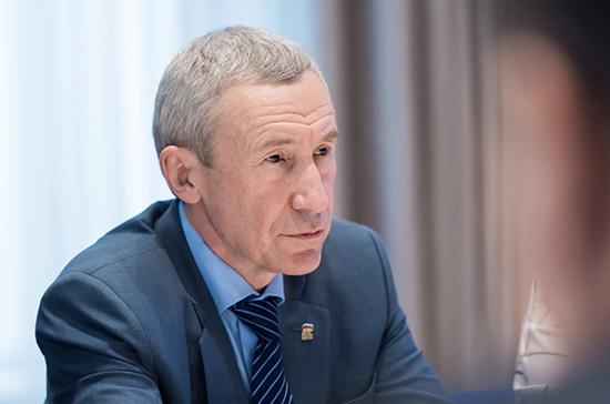 Климов оценил идею ввести уголовную ответственность за призывы к санкциям против России