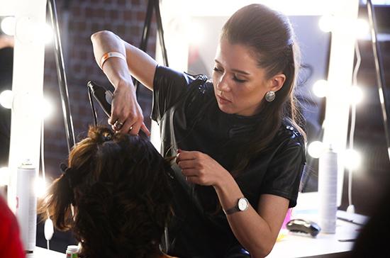 Правительство Литвы планирует открыть парикмахерские через неделю