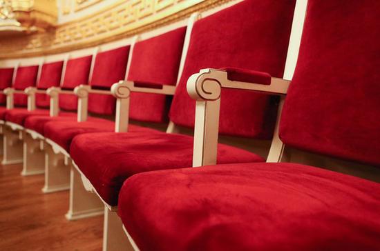 Московские театры к апрелю могут заполниться на 75%