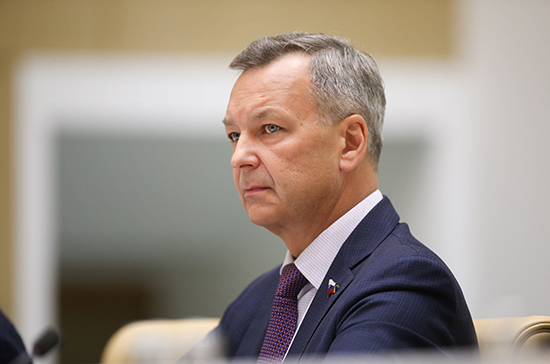 Яцкин: за прошлый год принято 43 закона, внесённых в парламент сенаторами